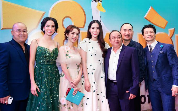 Sự kiện còn có nghệ sĩ Hoàng Sơn, Tiểu Bảo Quốc và nhiều sao Việt tham dự.