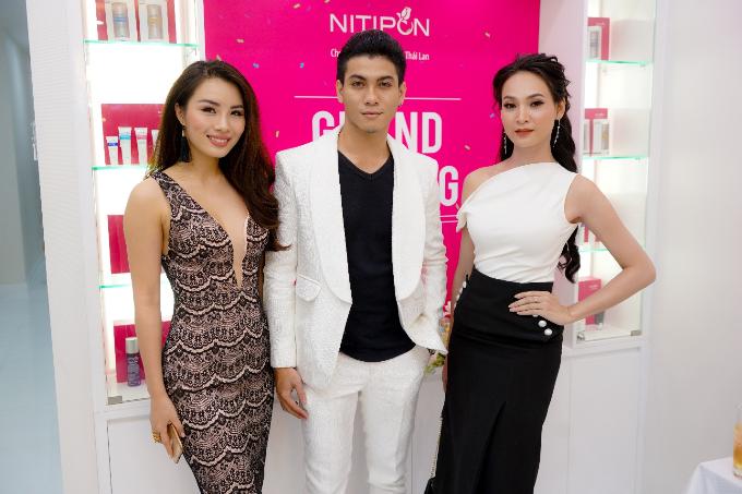 Người mẫu Linh Nguyễn và Tuấn Kiệt.