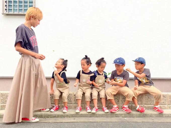 Cuộc sống lộn xộn có tổ chức trong gia đình 5 con ở Nhật - 5