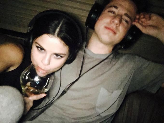 Charlie Puth từng xáo trộn con tim vì Selena.