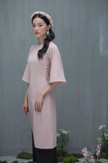 Hạ Vi đẹp mong manh với áo dài cách tân của nhà thiết kế Lucie