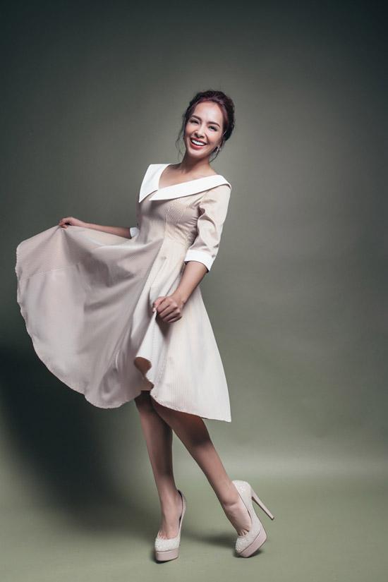 Bộ ảnh được thực hiện với sự hỗ trợ của Nguyễn Thiện Khiêm, trang phục: Lê Nguyễn Hà Duy.