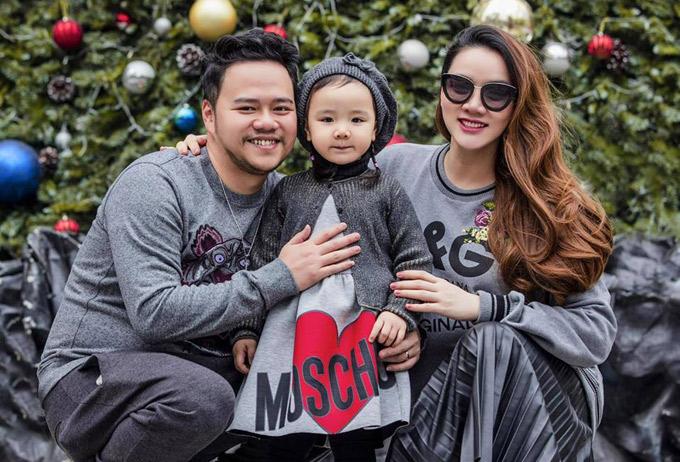 Tổ ấm của Trang Nhung vừa có thêm thành viên mới là một bé trai.