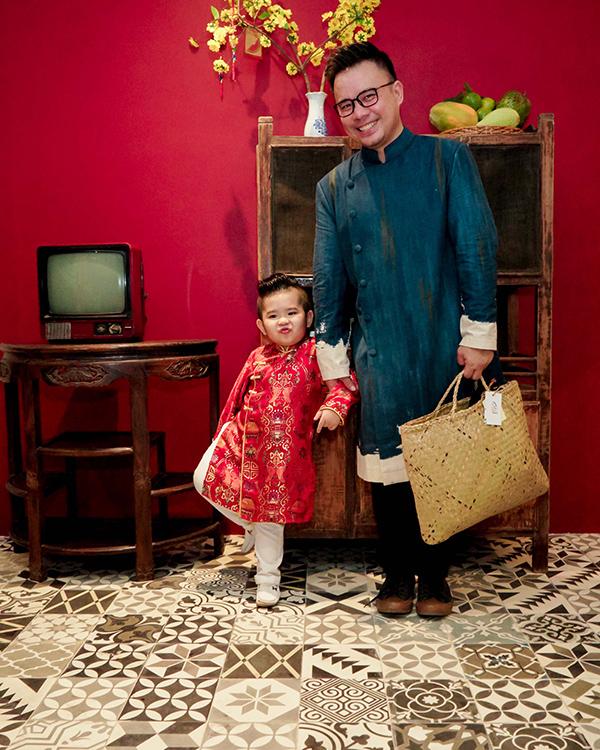 Khánh Thi đang bầu bí, được Phan Hiển và con trai hộ tống đi tiệc - 5