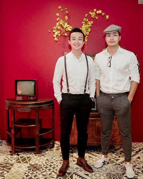 Khánh Thi đang bầu bí, được Phan Hiển và con trai hộ tống đi tiệc - 6