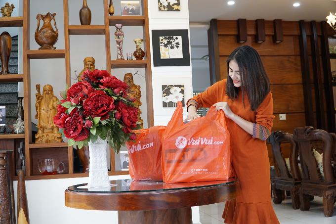 Mua sắm tại siêu thị trực tuyến Vuivui.com giúp Vân Trang tiết kiệm thời gian.