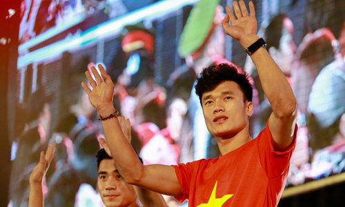 U23 Việt Nam 'chạy show' 10 ngày từ Nam chí Bắc