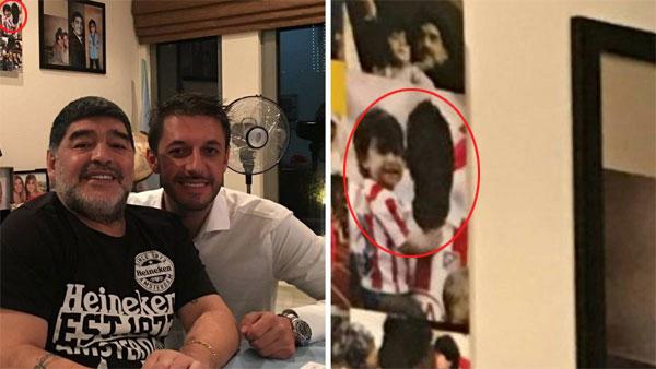 Mặt Aguero bị bôi đen khi bế con trai và cũng là cháu ngoại của Maradona.