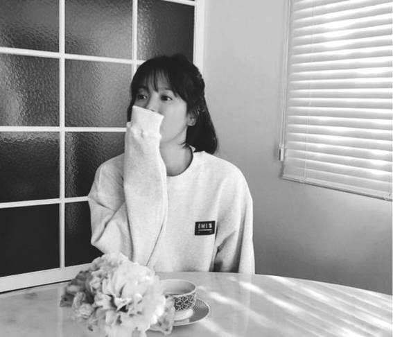 Song Hye Kyo khoe ảnh em chưa 18 - 1