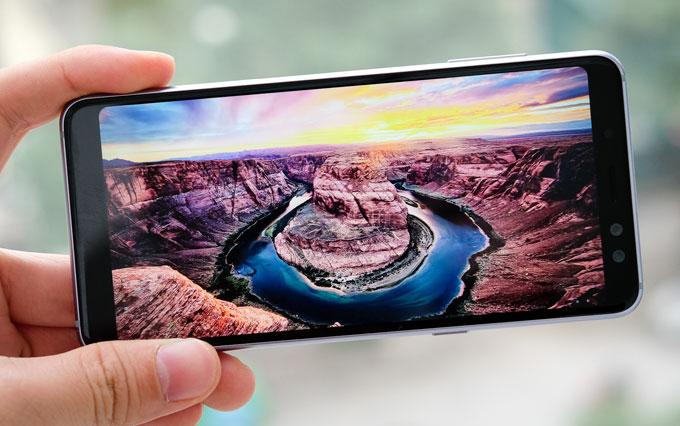 5 điểm đáng giá của Galaxy A8