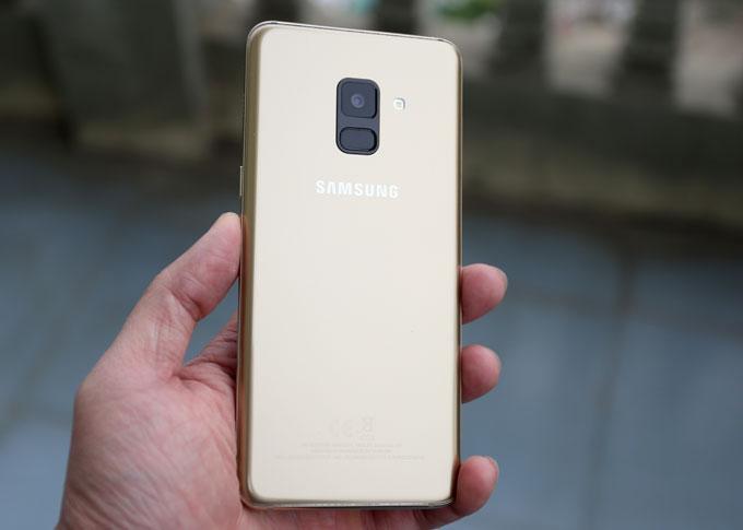 5 điểm đáng giá của Galaxy A8 - 2