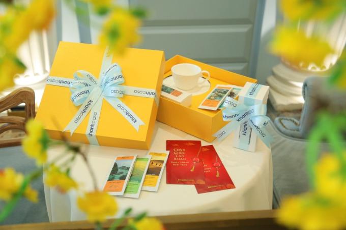 Từ ngày 07/02 đến 20/02/2018, với mỗi hóa đơn từ 200,000vnđ, thực khách sẽ có cơ hội được nhận ngay các giải thưởng bao lì xì may mắn, hộp trà Việt Nam, Hộp quà tặng tách trà và hộp trà cao cấp.