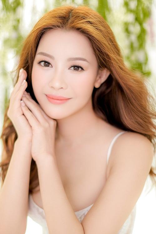 Hoa hậu Hải Dương chia sẻ, để có làn da đẹp,ba yếu tố quan trọng nhất là: khỏe; tinh thần thoải mái; chăm sóc da bằng mỹ phẩm và lên kế hoạch làm đẹp cụ thể mỗi ngày. Với người đẹp, chăm sóc da và chế độ dinh dưỡng có vai trò quan trọng như nhau.