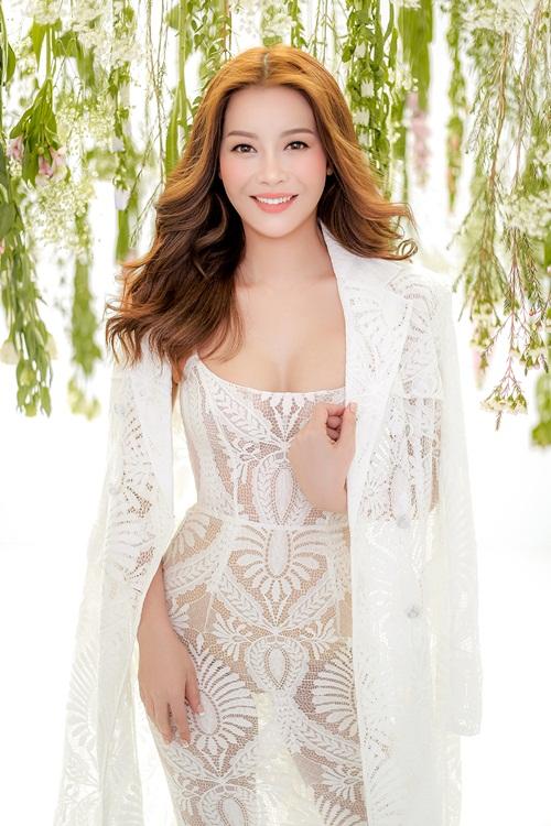 Tôi mong muốn giúp phụ nữ Việt Nam ngày càng tự tin hơn về ngoại hình của mình, cô nói.