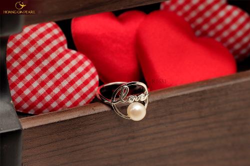 Hoàng Gia Pearl mang đến rất nhiều lựa chọn quà tặng valentine cho các cặp đôi với mẫu mã đa dạng.