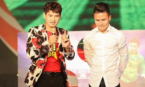 Xuân Bắc xịt tuyết giả giúp Quang Hải tái hiện bàn thắng đẹp nhất giải U23 châu Á