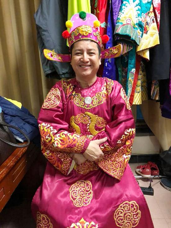 Chí Trung ở hậu trường ghi hình Táo quân 2018.