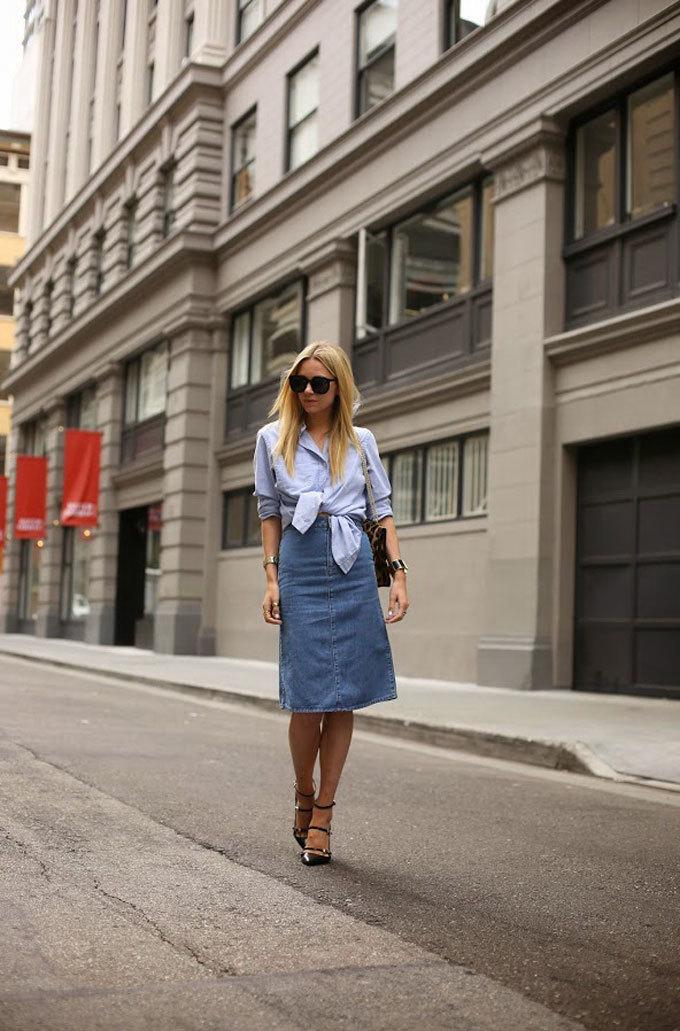 \'Bắt chước\' cách diện chân váy denim từ fashionista thế giới