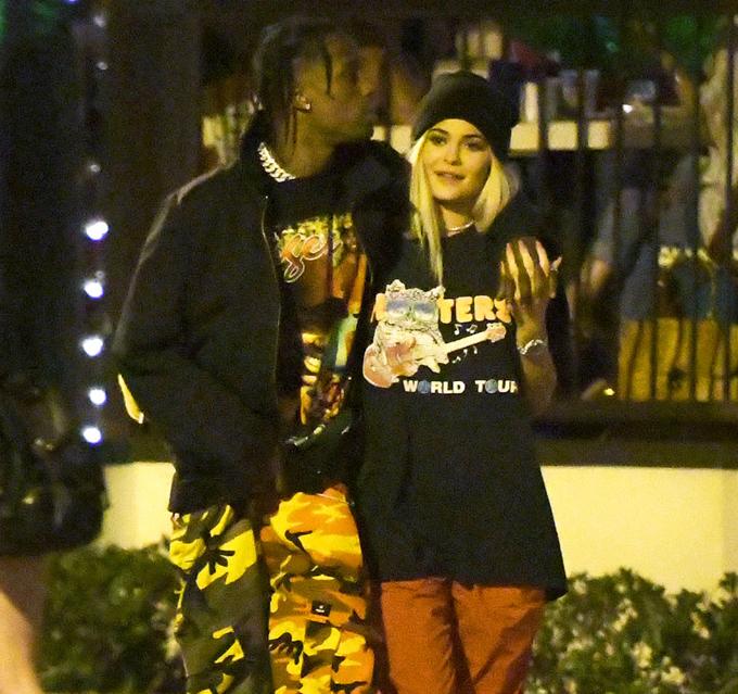 Kylie và bạn trai.