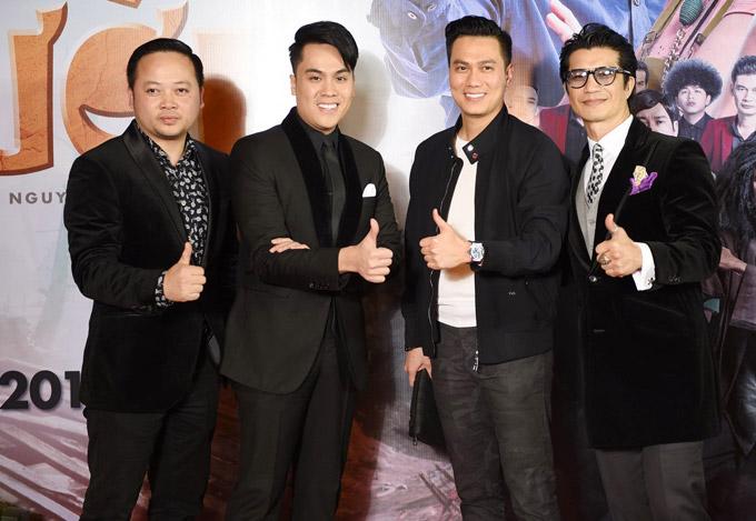Diễn viên Việt Anh, MC Thái Dũng và nhiếp ảnh gia Tô Thanh Tân đến ủng hộ tác phẩm mới của Dustin Nguyễn.