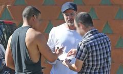 Brad Pitt gây ra vụ va quệt xe liên hoàn