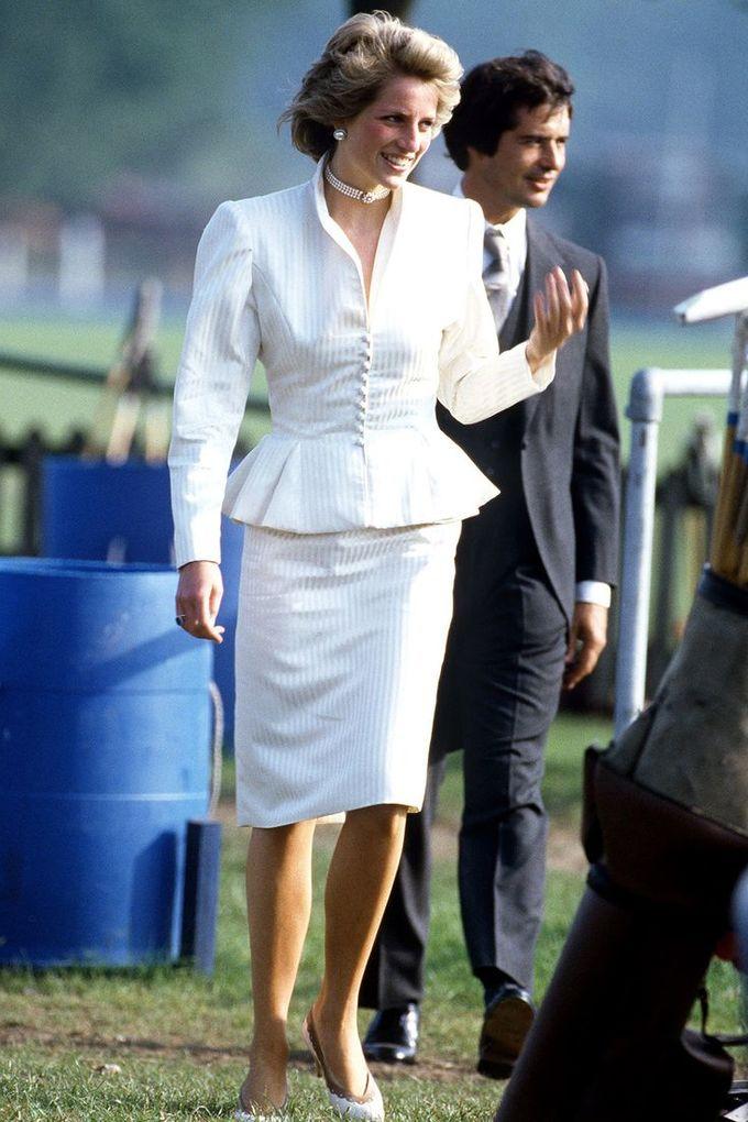 Thành viên Hoàng gia Anh chuộng váy peplum thanh lịch