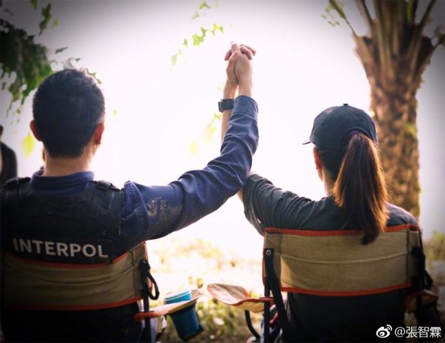 Trương Trí Lâm kỷ niệm 17 năm hôn nhân hạnh phúc cùng bà xã Hoa hậu