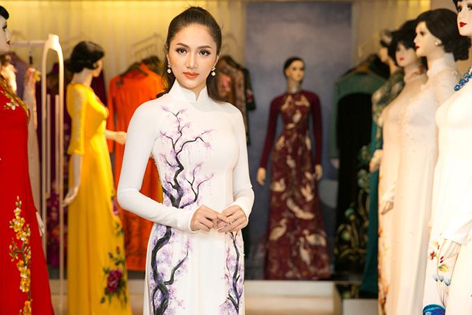 Hương Giang được Mr. Đàm tư vấn chọn áo dài thi Hoa hậu Chuyển giới - 7