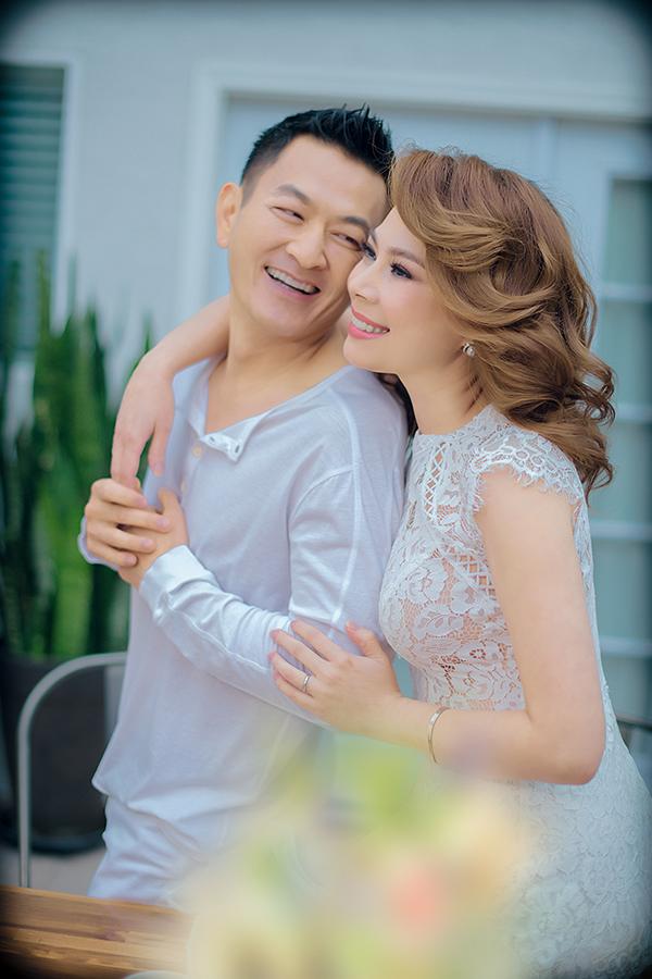 Ca sĩ Thanh Thảo và ông xã Tom Han.