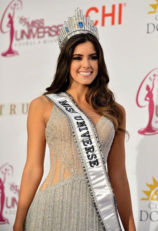 Mỹ nhân của năm 2014 thuộc về Hoa hậu Hoàn vũ Paulina Vega. Khi đăng quang, Pauline mới 21 tuổi. Cô hiện là một người mẫu, diễn viên kiêm dẫn chương trình tại quê nhà Colombia.