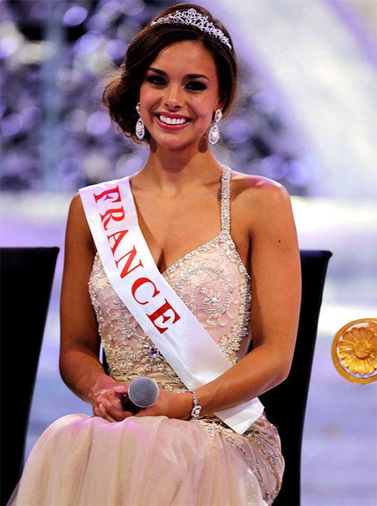 Hoa hậu Pháp Marine Lorphelin là mỹ nhân đẹp nhất năm 2013. Cô tham dự cuộc thi Miss World 2013 và giành ngôi vị Á hậu 1.