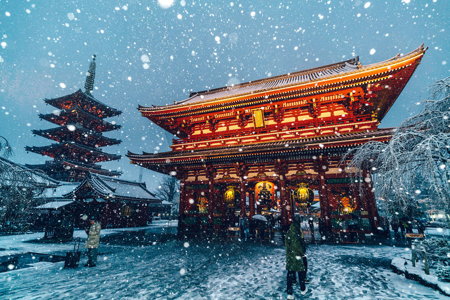 Tokyo đẹp \'nghẹt thở\' trong màn tuyết giá buốt