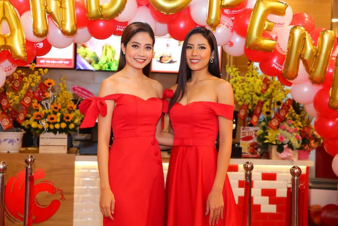 Ninh Hoàng Ngân mừng Á hậu Nguyễn Thị Loan làm bà chủ - 3