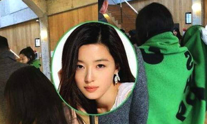 15 ngày sau sinh, 'mợ chảnh' Jun Ji Hyun cùng chồng đi mua sắm