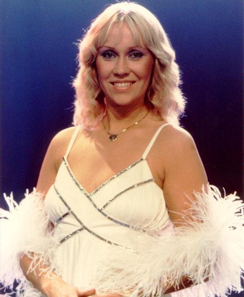 Nhóm ABBA sau 38 năm sáng tác ca khúc Happy New Year (bài Tết) - 1