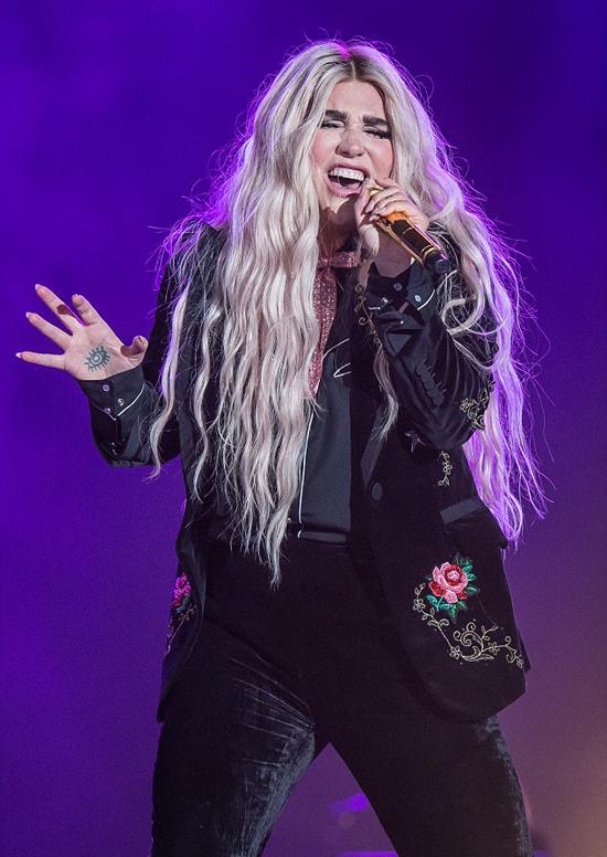 Kesha trong đêm nhạc ở Dubai tối thứ 6.