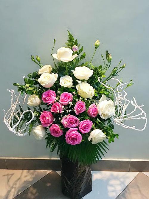 Mẹ Hà thành chia sẻ bí quyết cắm hoa đẹp chơi Tết - 2