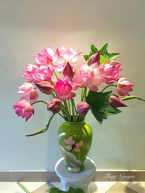 Mẹ Hà thành chia sẻ bí quyết cắm hoa đẹp chơi Tết - 3