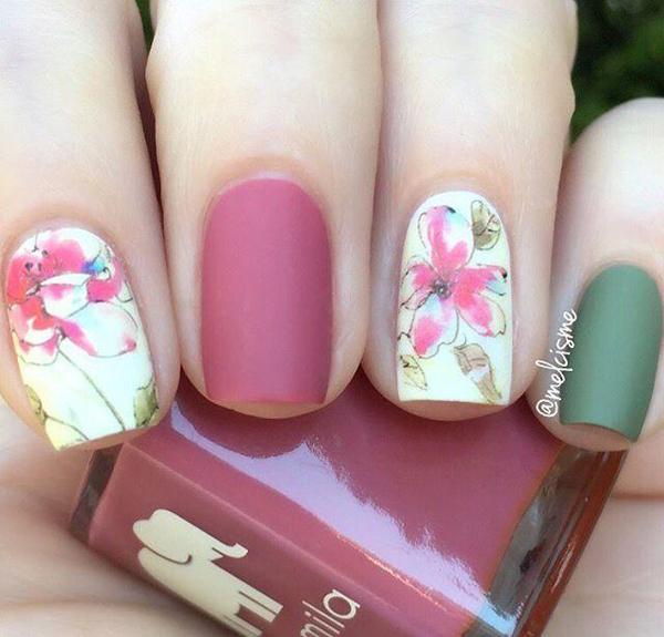 Màu móng lì là một trong những xu hướng rất được ưa chuộng trong mùa xuân năm nay.