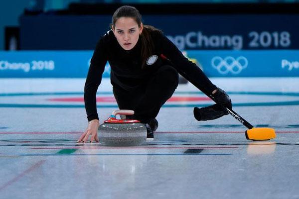 Anastasia Bryzgalova là lý do mới khiến tôi yêu Olympic mùa đông, tài khoản Twitter có tên Muddygav chia sẻ.