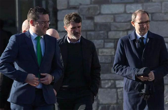 Roy Keane đến vĩnh biệt đàn em. Ảnh: NS.