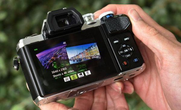 Máy ảnh compact cao cấp có tốt như DSLR hay mirrorless