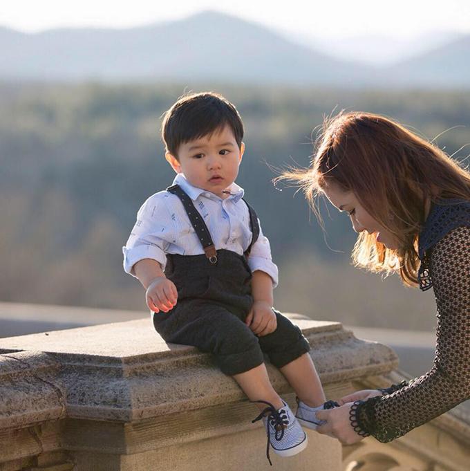 Thuỷ Tiên - bà xa Đan Trương - thay ảnh đại diện bằng bức hình Thiên Từ khiến fan tan chảy.