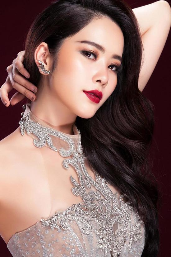 Trước tin đồn yêu đại gia Chu Đăng Khoa - người cũ của Hà Hồ, người đẹp phủ nhận.