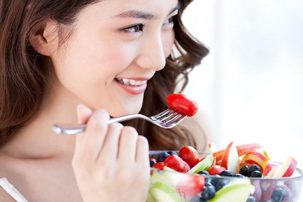 Ăn chậm, nhai kỹ Đây cũng là một thói quen tốt cho tiêu hoá. Ăn chậm giúp no lâu, nhai kỹ giúp việc tiêu hoá thức ăn dễ dàng hơn.