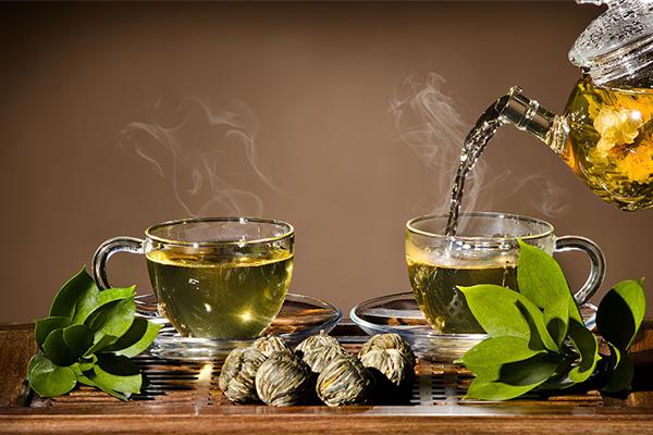 Uống trà xanh Mẹo nhỏ giúp tránh tăng cân dịp Tết là uống trà xanh mỗi ngày. Trà xanh giúp thanh lọc cơ thể, tăng cường trao đổi chất.