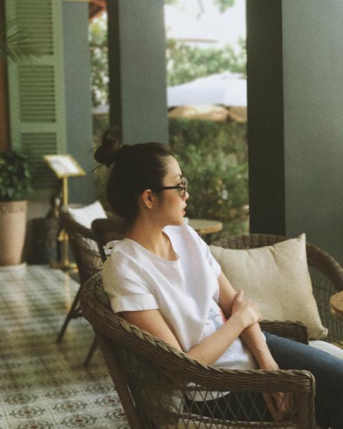 Tăng Thanh Hà khoe tấm ảnh vintage