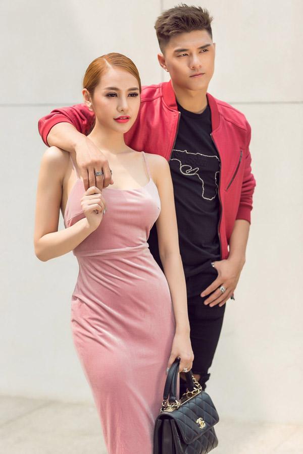 Chàng vũ công thừa nhận anh còn tình cảm với nữ diễn viên nhưng cả hai thống nhất chuyển mối quan hệ từ tình yêu sang tình bạn thân.
