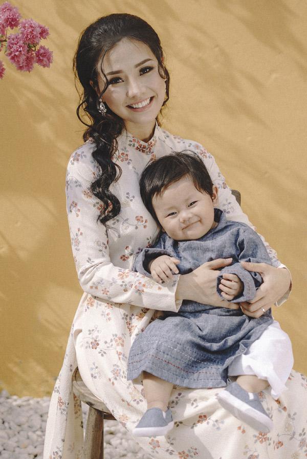 Nhóc tỳ có gương mặt giống hệt bố - đạo diễn James Ngô.
