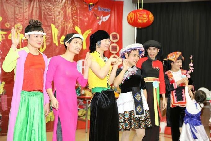 Chi phí tổ chức sự kiện khoảng 250.000 yên (53 triệu đồng), được đóng góp bởi các thành viên trong cộng đồng.